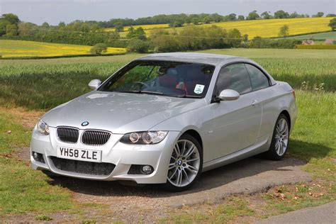 Bmw Convertible 3 Series by Used Bmw 3 Series Convertible 2007 2013 Review Parkers
