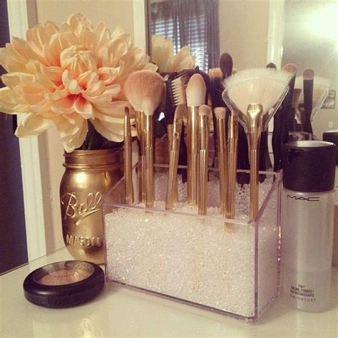 Make Up Decorations by 25 Best Ideas About Diy Makeup Vanity On Pinterest