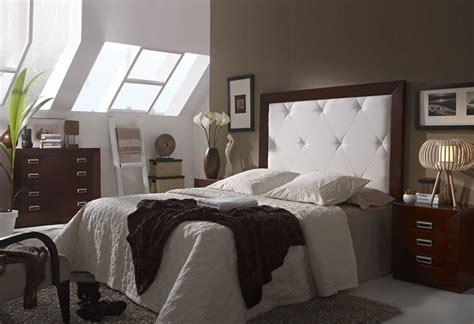 position lit dans une chambre chambre coucher lit doux with position du lit dans