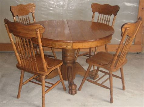 oak clawfoot table for sale antique 47 inch round oak pedestal claw foot dining room