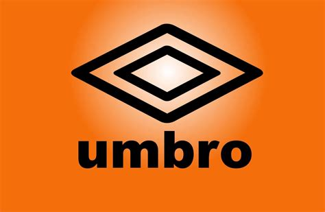 Buy Umbro Speciali 3 Cup Football Boots - White & Black ...