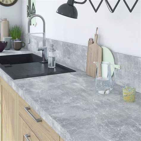 plan de travail cuisine gris plan de travail stratifié gris mat l 315 x p 65 cm