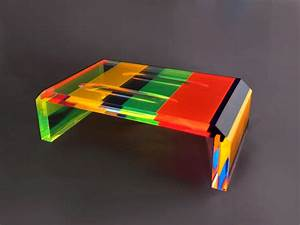 Table Basse En Plexiglas : coffee table in plexiglas multicolor iride cm 120x60h40 ~ Teatrodelosmanantiales.com Idées de Décoration
