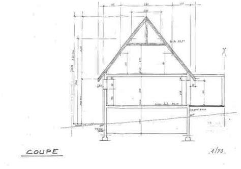 hauteur plafond chambre repeindre mur plafond et lasurer poutres grande hauteur