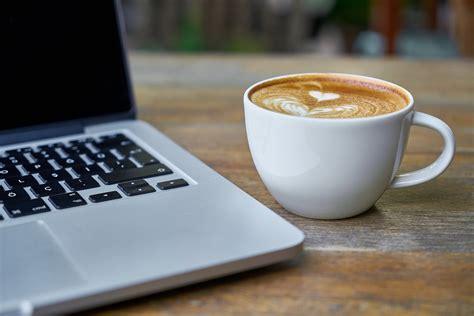 computer laptop table  photo  pixabay