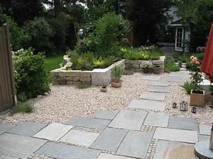 Terrasse Aus Kies : terrasse holz oder naturstein ~ Markanthonyermac.com Haus und Dekorationen
