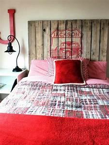 Tete De Lit Simple : t te de lit en palette un projet peu co teux pour vos embellir votre chambre ~ Nature-et-papiers.com Idées de Décoration