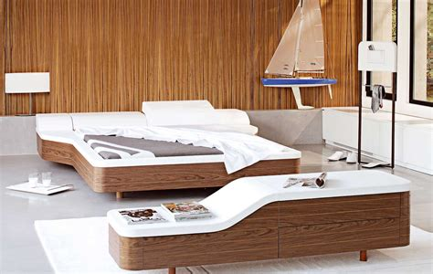 schlafzimmer holz walnut white platform bed cover modern design olpos design