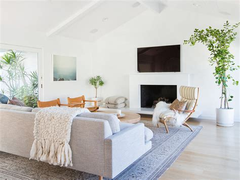 Minimalist Condo Living by 6 Minimalist Mid Century Modern Living Rooms Be Inspired