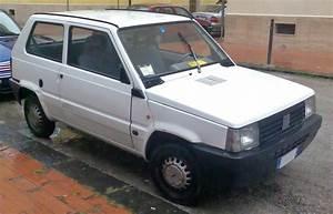 Fiat Panda 2000 : file 2000 fiat wikimedia commons ~ Medecine-chirurgie-esthetiques.com Avis de Voitures
