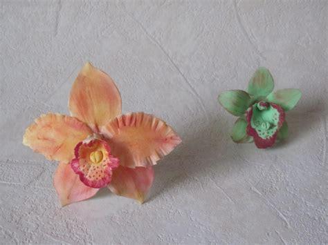 come fare fiori in pasta di zucchero fiori in pasta di zucchero orchidee parte 1 di 2