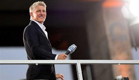 Fußball schauen im tv zur fußball em 2021 (photo by alberto pizzoli / afp). Wer kommentiert Deutschland vs. Ungarn heute bei der EM ...