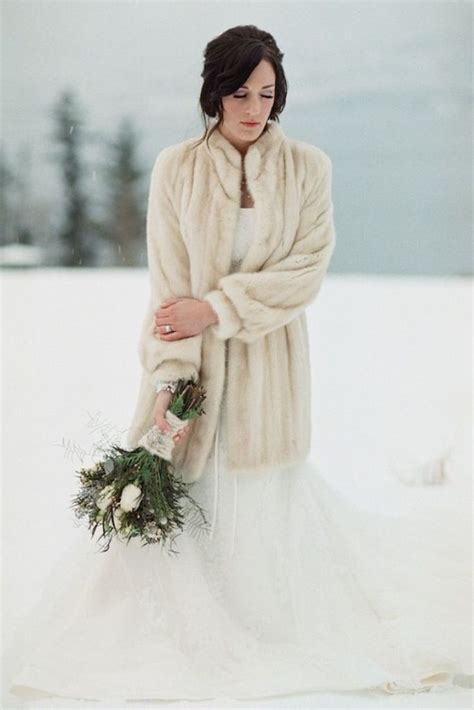 Winter Wedding Bride With Fur The Fashion Medley