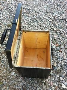 Petite Caisse En Bois : petite caisse en bois d 39 occasion kymoa ~ Teatrodelosmanantiales.com Idées de Décoration