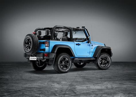 mopar jeep wrangler jeep shows off wrangler rubicon with mopar one package