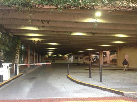 charleston sc parking garages vrtc garage parking in charleston parkme