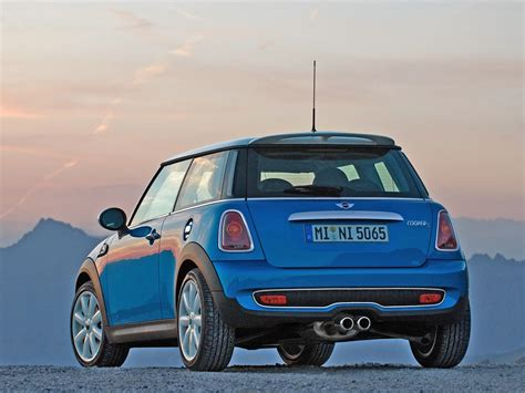 2007 Mini Cooper Reviews by 2007 Mini Cooper S Review Supercars Net