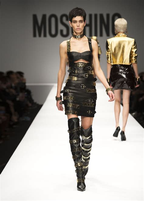 moschino fall winter 2014 15 women s collection the