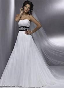 Ten elegant black and white wedding dresses bestbride101 for Black white wedding dresses