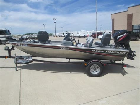 Bass Tracker Jet Boat Reviews by For Sale Used 2010 Tracker Boats Pro Team 170 Tx In