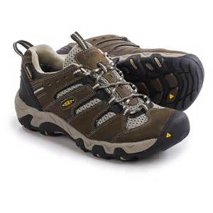 Keen Koven Trail Shoes - Waterproof (For Women) - CASCADE/ALUMINUM (7.5 )
