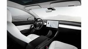 Tesla Model 3 Performance - White Interior - Wide | InsideEVs Photos