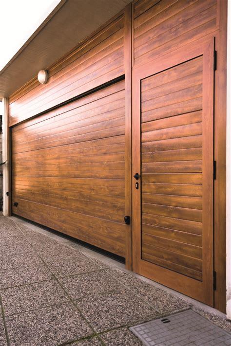 portoni sezionali per garage vendita e posa portoni sezionali per garage topchiusure
