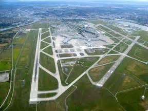 design hotel amsterdam gã nstig file vancouver international airport aerial jpg wikimedia commons