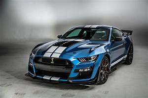 2020 Ford Mustang Shelby GT500 is a 700+ hp assassin - Video - Roadshow