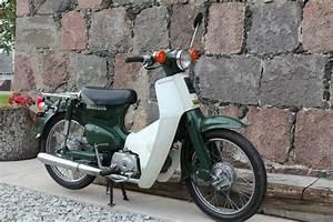 Honda C50 Super Cub
