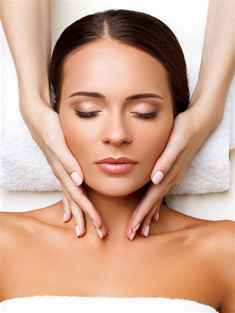 What's A Facial?  Gallaher Plastic Surgery & Spa Md
