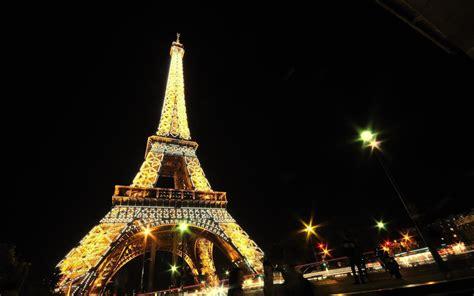 Fond Ecran Tour Eiffel Scintillante