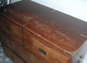 Enlever le vernis d un meuble en bois for Enlever le vernis d un meuble