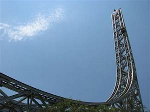 Six Flags Magic Mountain - Superman: Escape From Krypton