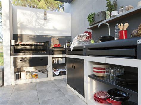 cuisine en dur barbecue en dur permis de construire