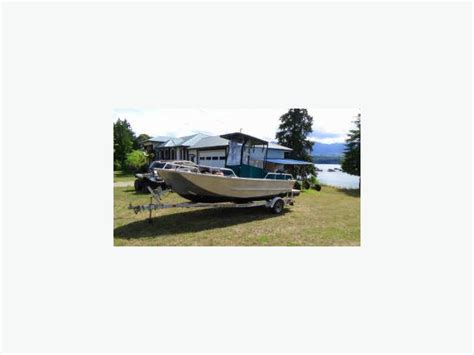 Aluminum Boats For Sale Montreal by 19 Aluminum Boat For Sale Outside