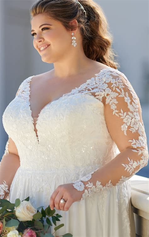 Long Sleeved Casual Plus Size Wedding Dress Stella York