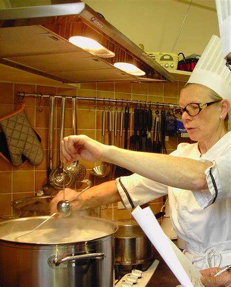 cours de cuisine dijon atelier des chefs l 39 atelier culinaire de saléra chef de cuisine à