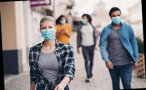 Face mask political debate becomes public flashpoint ...