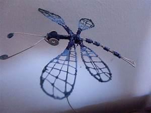 Libelle Aus Draht Mit Nagellack Bemalt Dragonfly