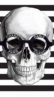 Monday vibes . . . #theprettyaddicted #chanel #skull # ...