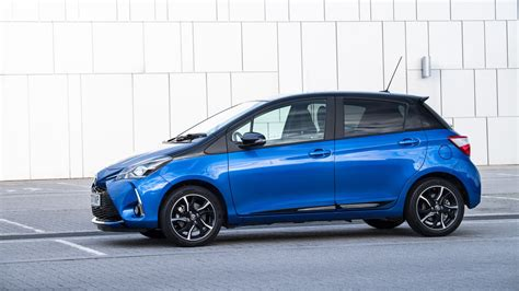 toyota yaris facelift  review car magazine