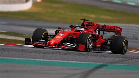 ferrari left mercedes feeling flustered  week