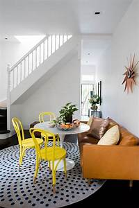 Teppich Unter Sofa : tapete redondo 60 modelos dicas fotos ~ Markanthonyermac.com Haus und Dekorationen