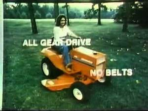 Gravely Lawn Tractor - 1980