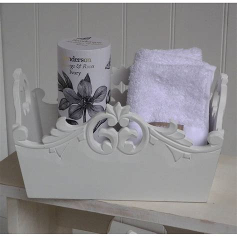 shabby chic accesories shabby chic bathroom accessories photos and products ideas