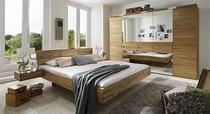 Schlafzimmer Komplett Holz : komplett schlafzimmer aus massiver wildeiche terrano ~ Indierocktalk.com Haus und Dekorationen