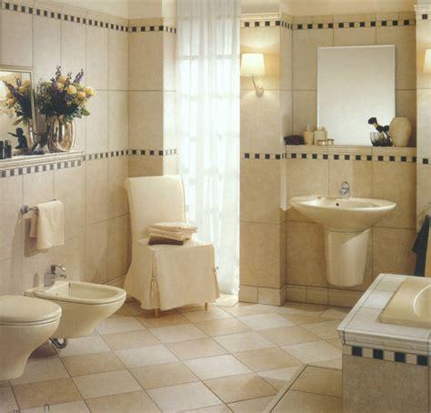 Badmöbel, Badeinrichtungen, Badezimmereinrichtungen