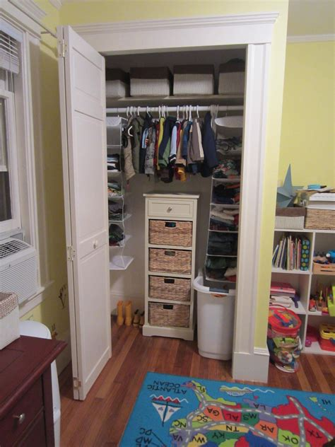 design how can i add a closet to an existing room