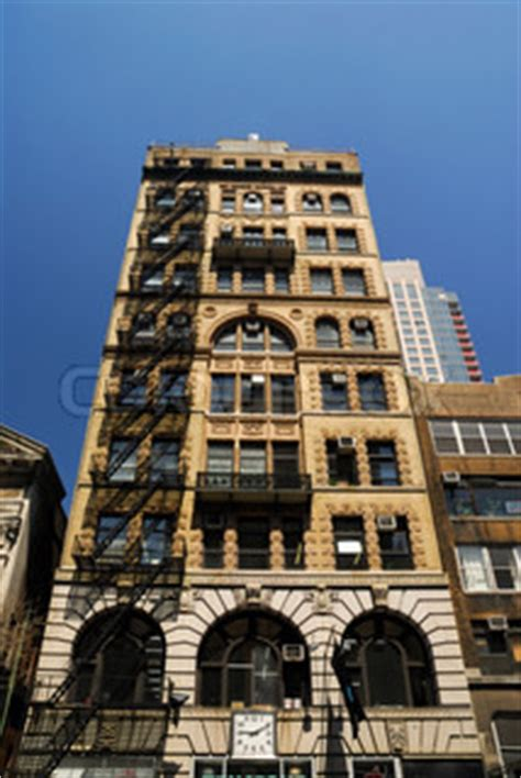 deco style building in new york city